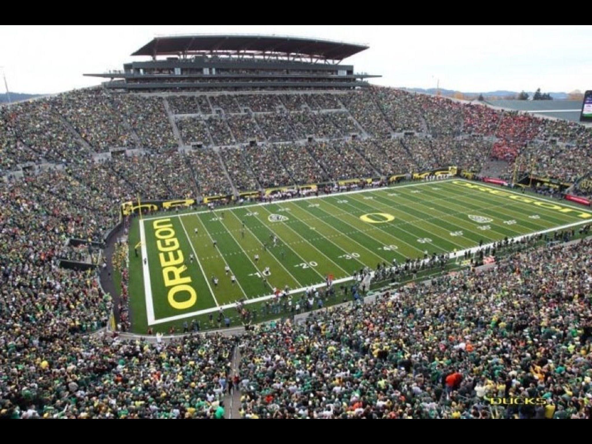 Autzen Stadium Home Of The University Of Oregon Ducks Eugene Or Oregon Ducks Football Autzen Stadium Oregon Ducks