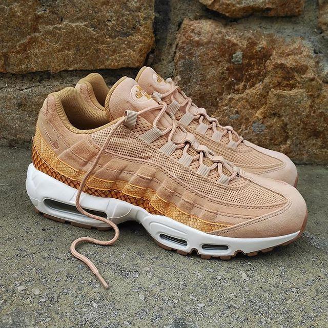 quality design 8e542 50628 Nike Air Max 95 Premium