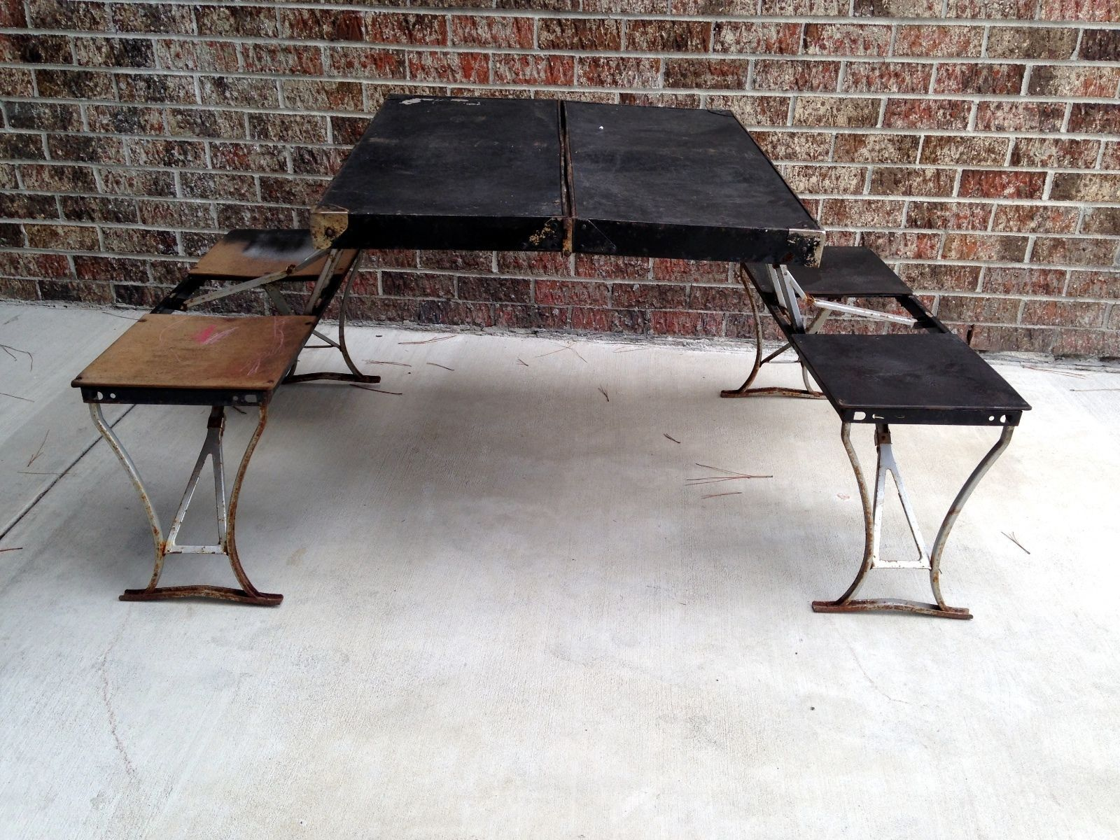Amazing Vintage Fold Out Table K Amp S Inc Pasadena CA91107 Black Portable W Chairs  Metal |