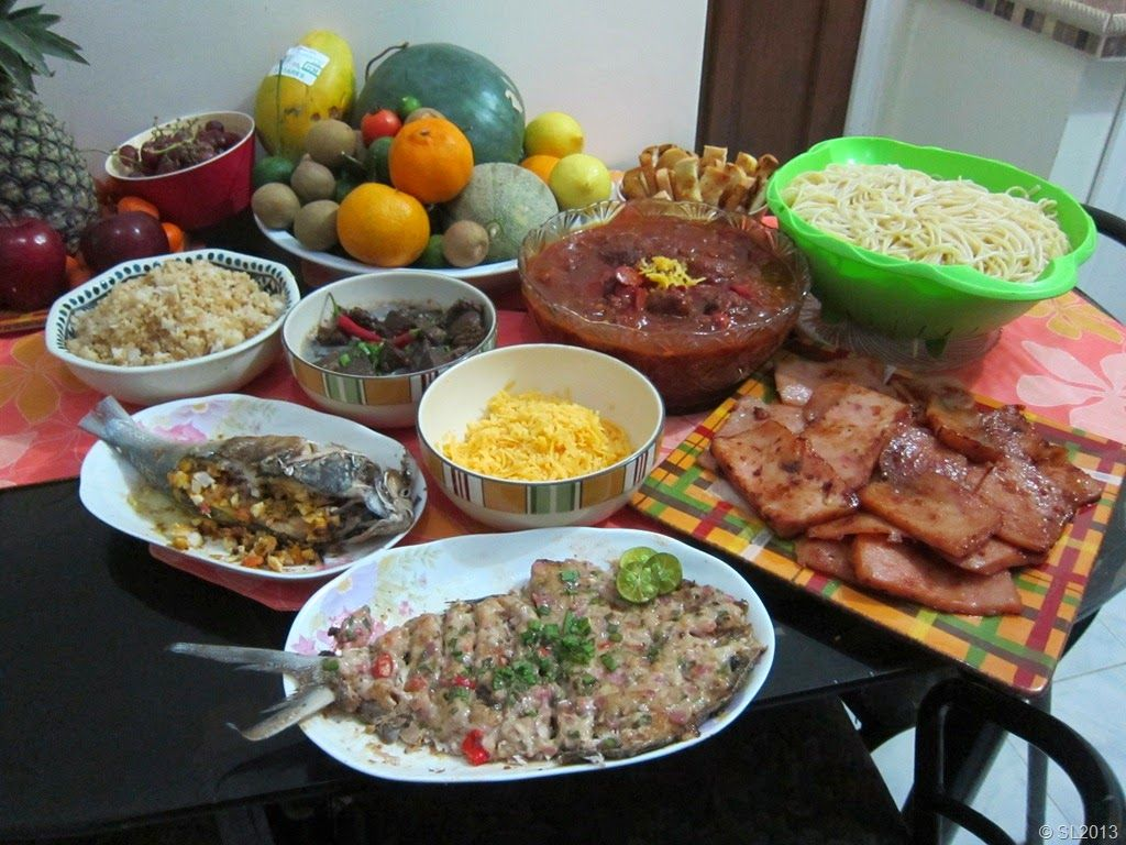 12 Strange Filipino Traditions on New Year's Eve Born a