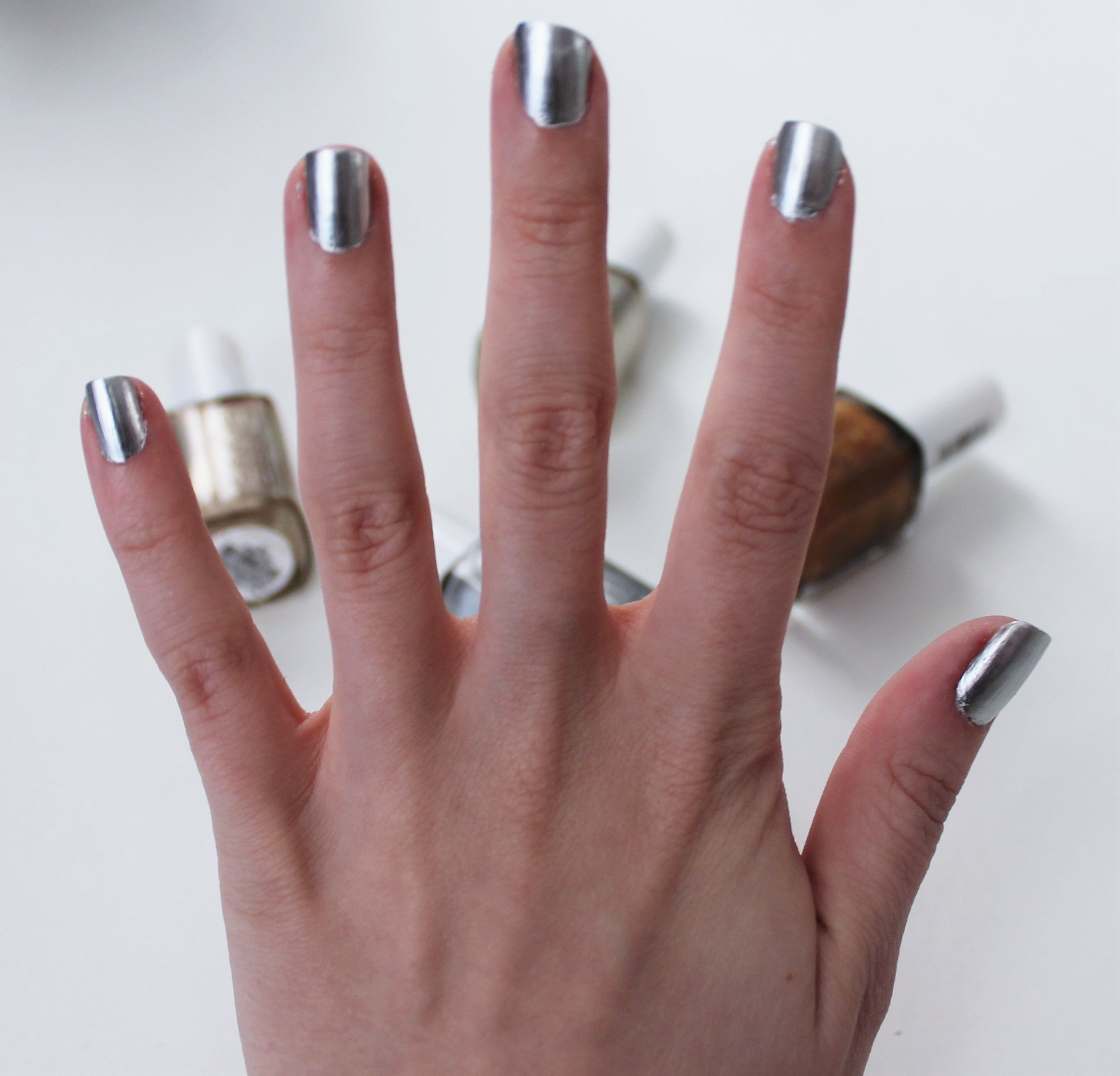 Essie No Place Like Chrome | Blog | Pinterest | Metallic nails ...