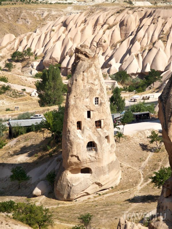 Древние скальные жилища в Каппадокии, Турция / Турция