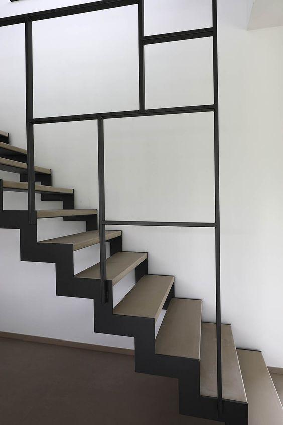 Pin de angela en industrial living pinterest escalera for Escaleras metalicas pequenas