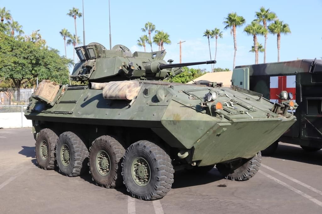 78 Photos Of Modern Us Army Light Armored Vehicle All Terrain Vehicles Army Vehicles Terrain Vehicle