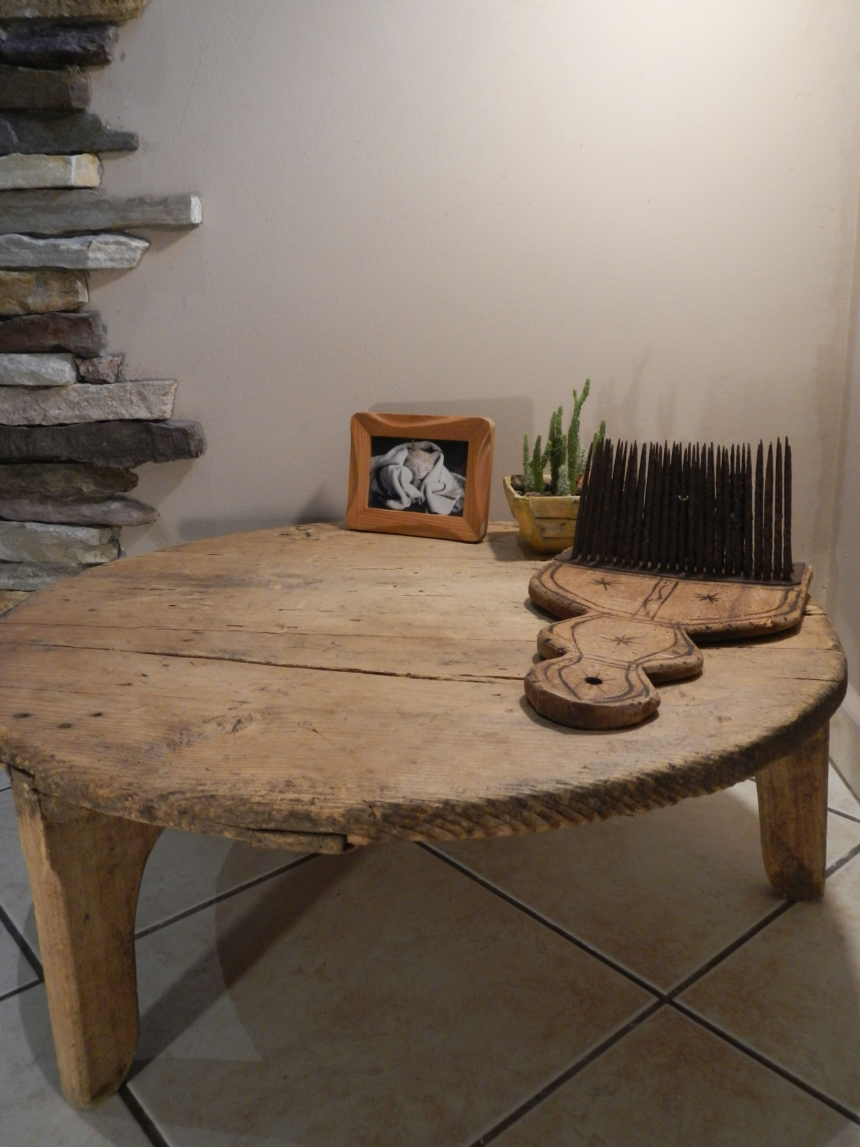 Low Wooden Round Dining Table Ottoman Antique Primitive 3 Legs Low