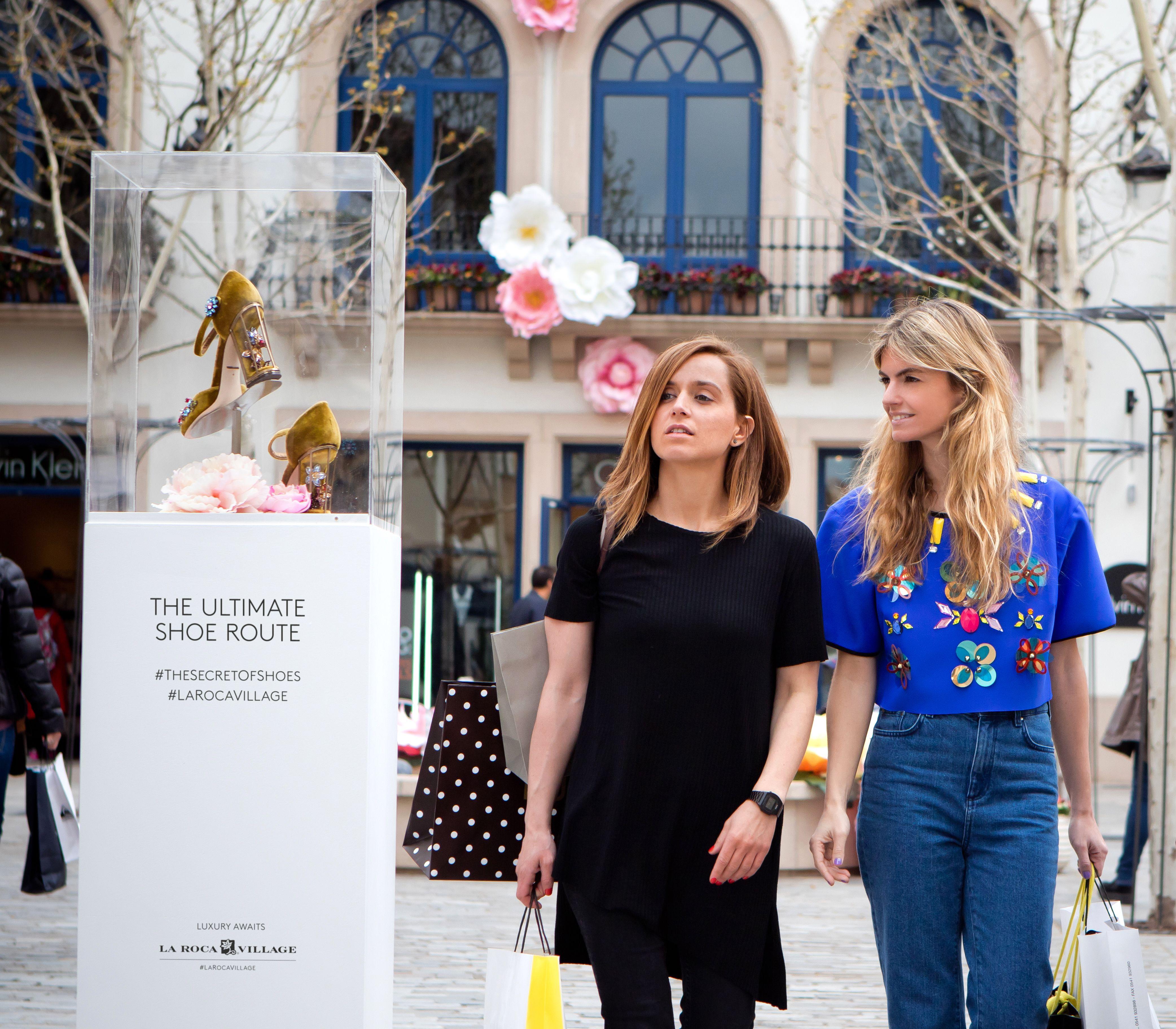 """Descubre los 20 modelos que no pueden faltar en tu zapatero de la mano de Patricia Sañes, editora del blog de moda """"Coolhunter Diary"""" y las estilistas de Woman.es Marga Solé y Ester Tió."""