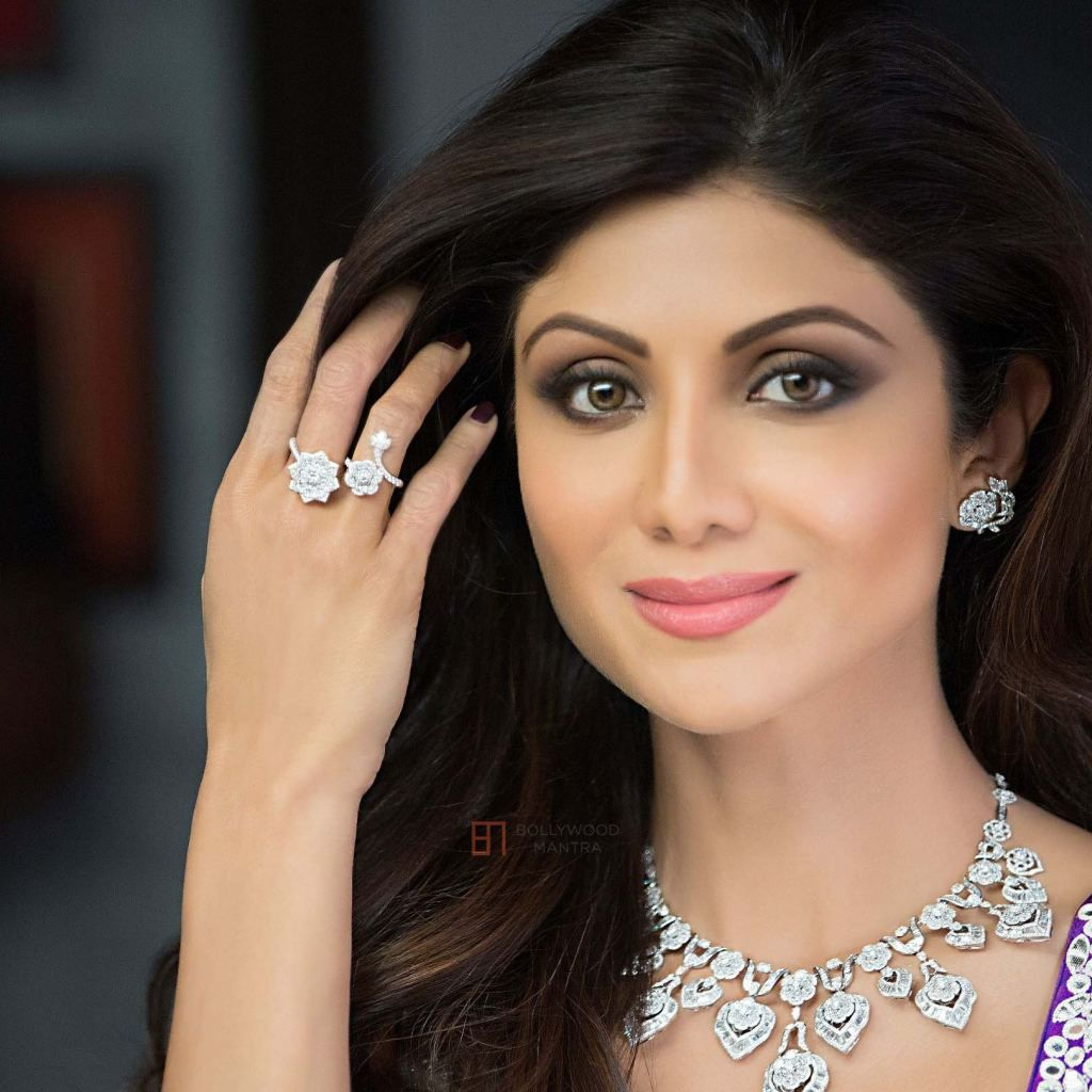 Shilpa Shetty Bollywood Actress Hd Wallpapers