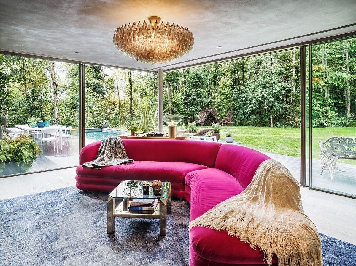 Efecto oasis - AD España, © Yoo El mobiliario, de colores intensos y llamativos, ha sido creado especialmente para la ocasión por David Haddock.