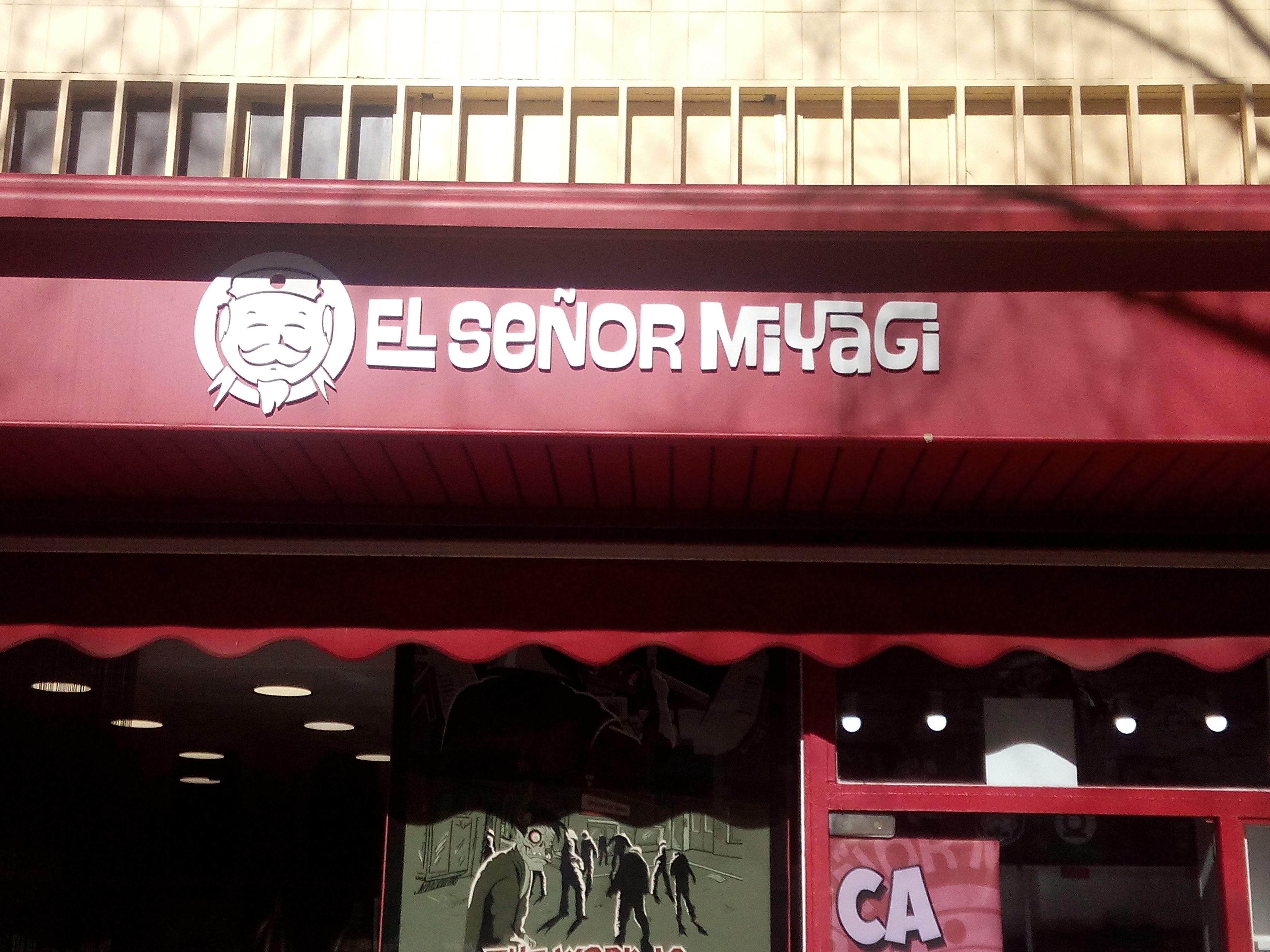 Tienda De Ropa El Senor Miyagi Calle Alcala 181 Fantasia