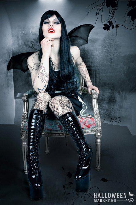 Сексуальная вампирша