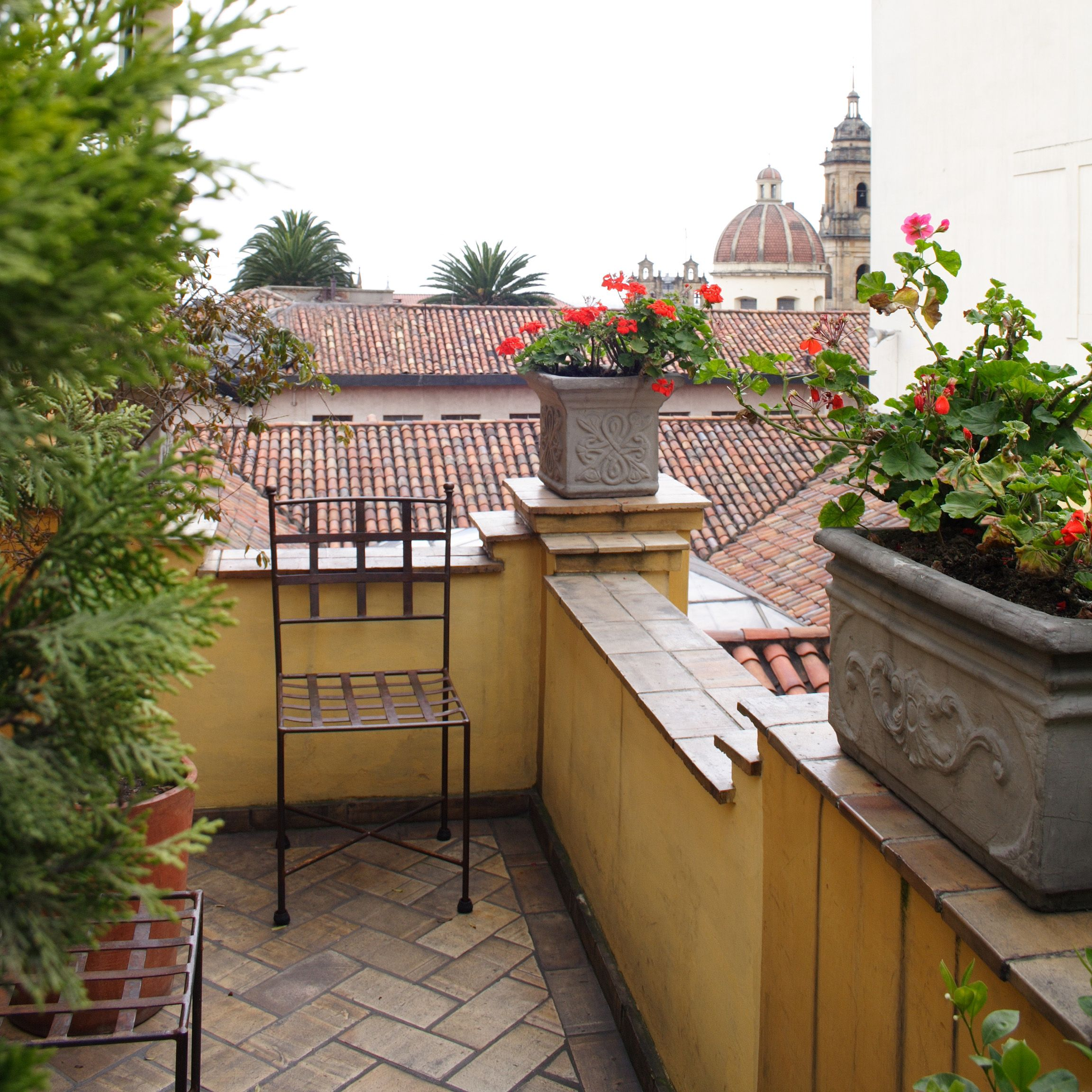 View over the rooftops of La Candelaria from the Hotel de la Opera (Bogotá - Colombia)