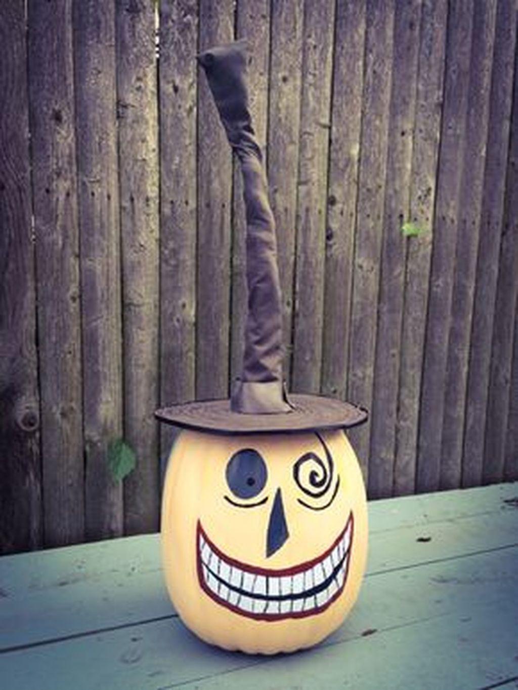 43 Creepy but Cute Disney Themed Halloween Decoration Ideas Decoration - cool halloween decoration ideas