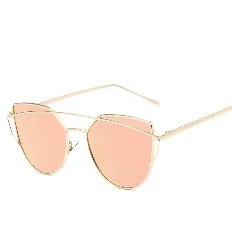 Óculos De Sol - Mulheres - Marca Espelho Plano   Louca Apaixonada ... cc2f985805