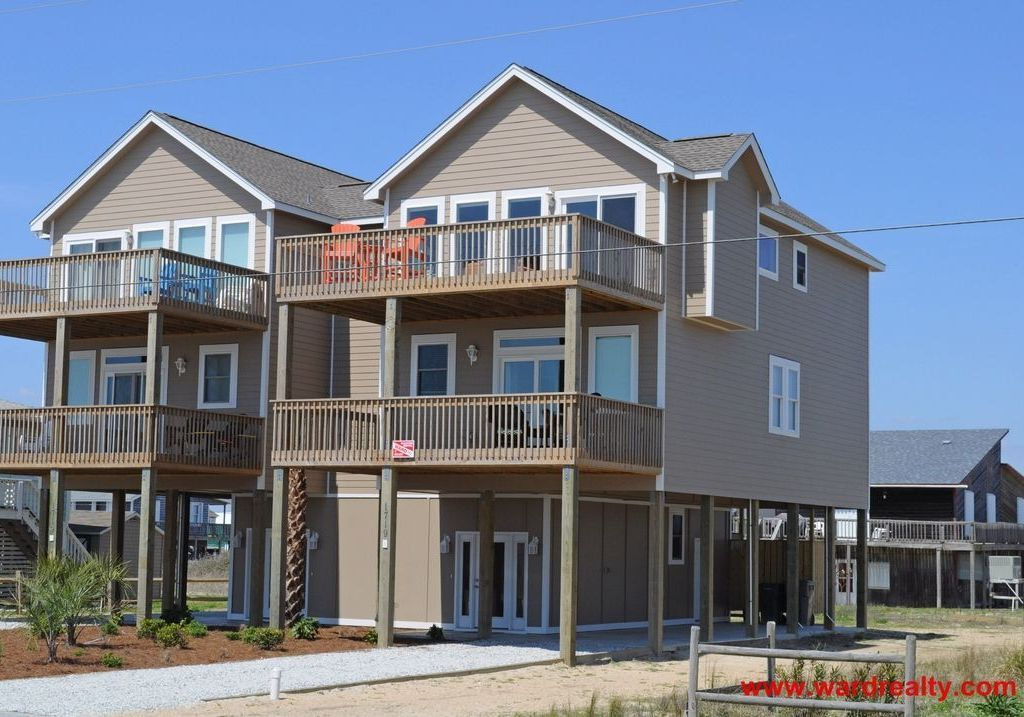 Sunchaser 215 Avg Night Surf City Amenities Include Internet Air Conditioning Tv Washer Dryer Pa In 2020 Surf City Topsail Island Rentals Vacation Rental