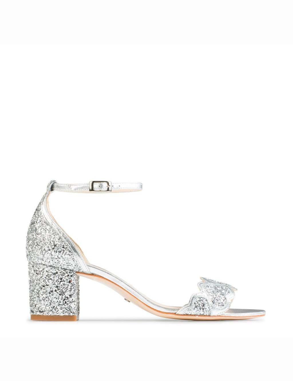 Zapato de Charlotte Mills (Esmeralda Plata)  wedding  bodas  boda  bodasnet a71231ddbd39