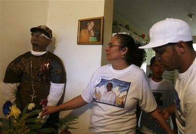 Weird funerals in puerto rico