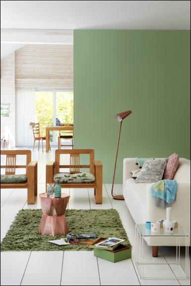 Choisir les coloris de sa peinture nuances scandinaves colora blog vert amande sur les murs for Peinture vert amande
