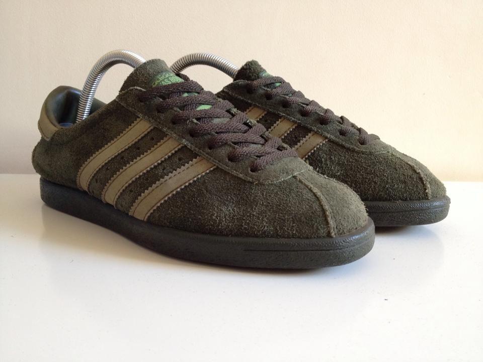 Vintage adidas AS 800 4 in Olive Green | Zapatillas | Adidas