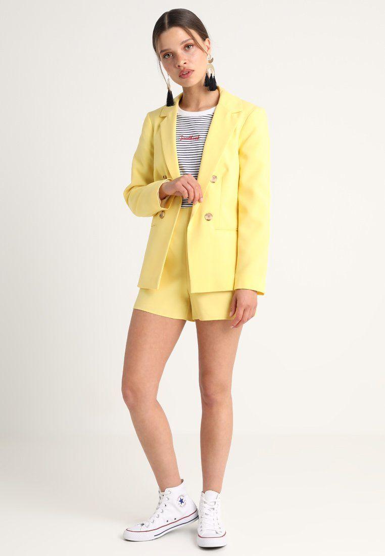 Épinglé sur Yellow pants