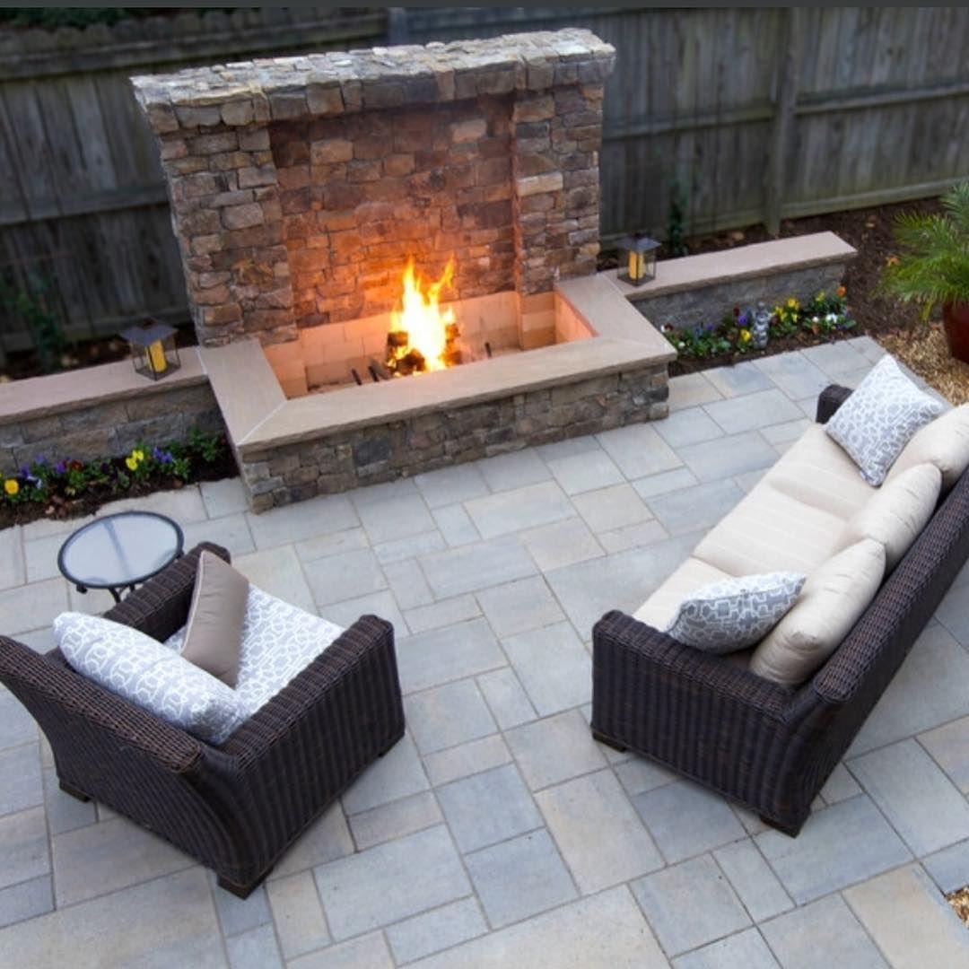 25 Beautiful Backyard Landscaping Ideas Adding Beach Stones To Modern Backyard Design Styles I Wonder If Tho Backyard Modern Backyard Design Modern Backyard Backyard landscaping ideas with fireplace