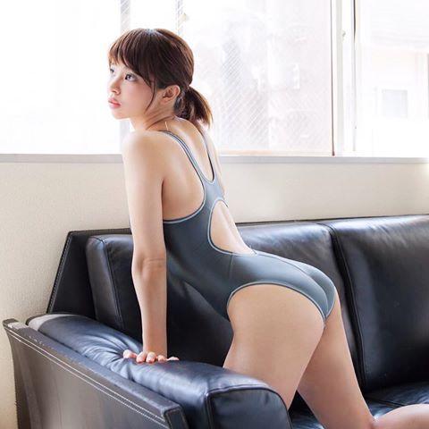 人妻のパンチラスレ part31 YouTube動画>7本 ->画像>898枚