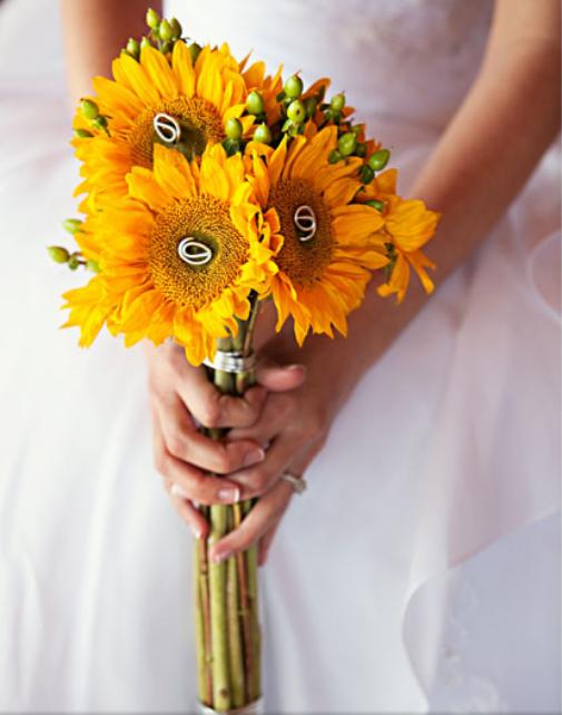 More simple wedding suflowers
