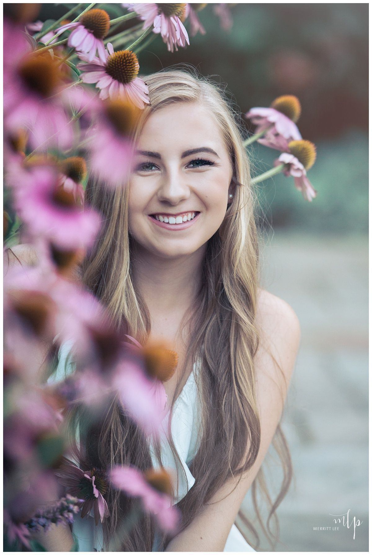 senior pic idea! styled shoot - senior pictures - hairstyle