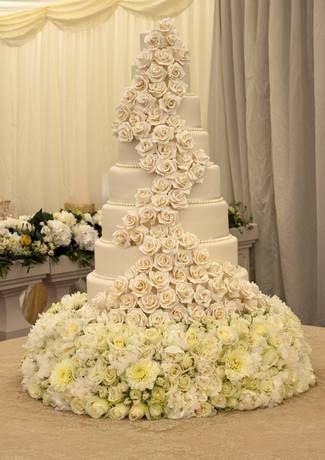 8 Tier Handmade Rose Wedding cake   Diva, Rose and Designers