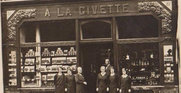 Le plus vieux bureau de tabac parisien ! le vieux paris
