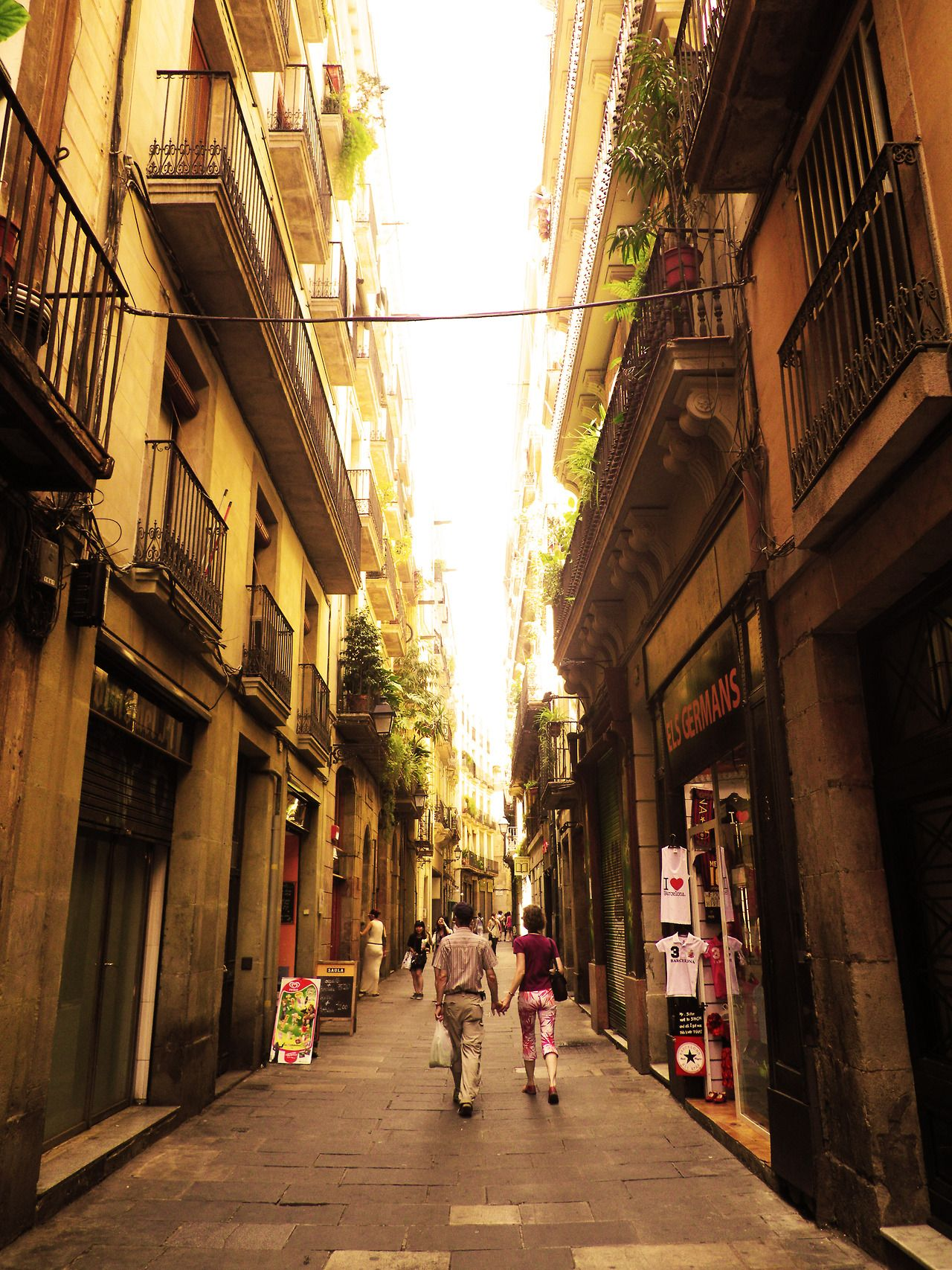 Barcelona Street Beautiful Places In Spain Beautiful Places To Visit Places In Spain