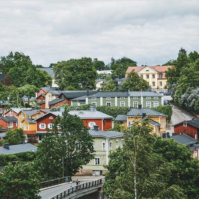 Kesä-Suomi  Kiitos huippuhienosta #Porvoo-kuvasta @pappamaik! #Finland #mondolöytö #mondolehti