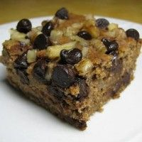 Gluten-free Oatmeal Chocolate Chip Cake