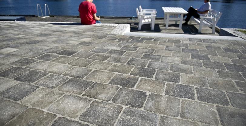 Helle Rådhus gråmix kvadrat belegningsstein Aaltvedt Stein