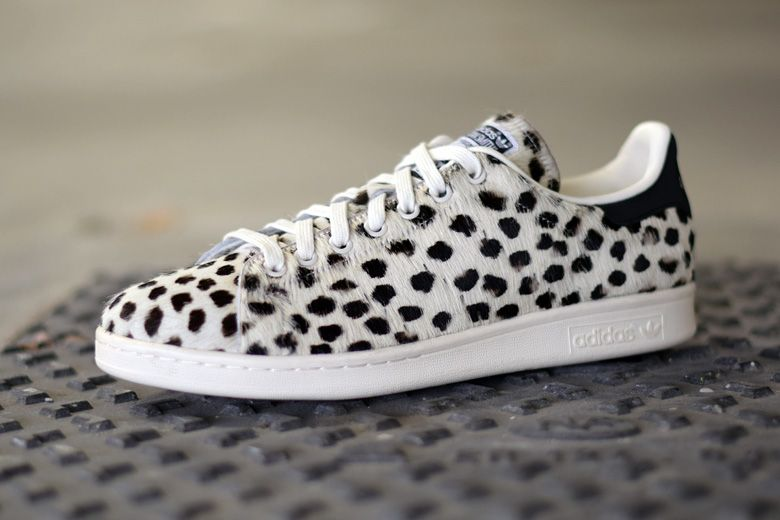 stan smith adidas leopard print