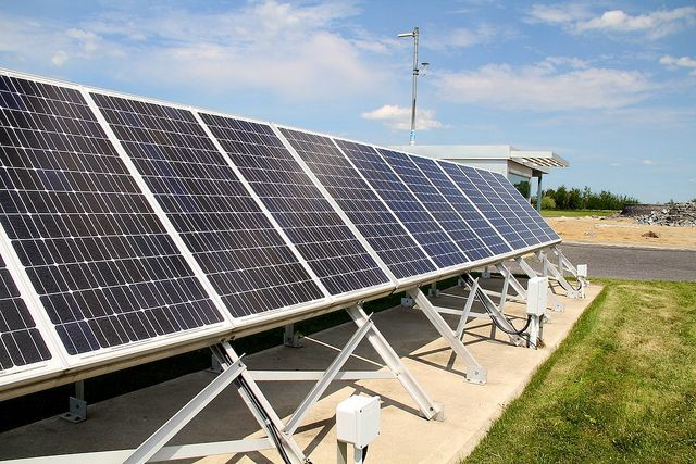 South Africa Plans To Have Six Solar Powered Airports By End Of Year With Images Solar Panels Best Solar Panels Solar Energy Information
