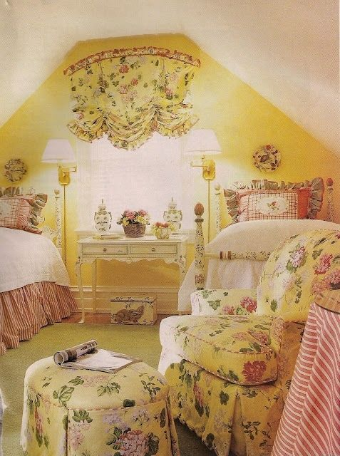 Yellow Floral Bedroom With Images Beautiful Bedding Country
