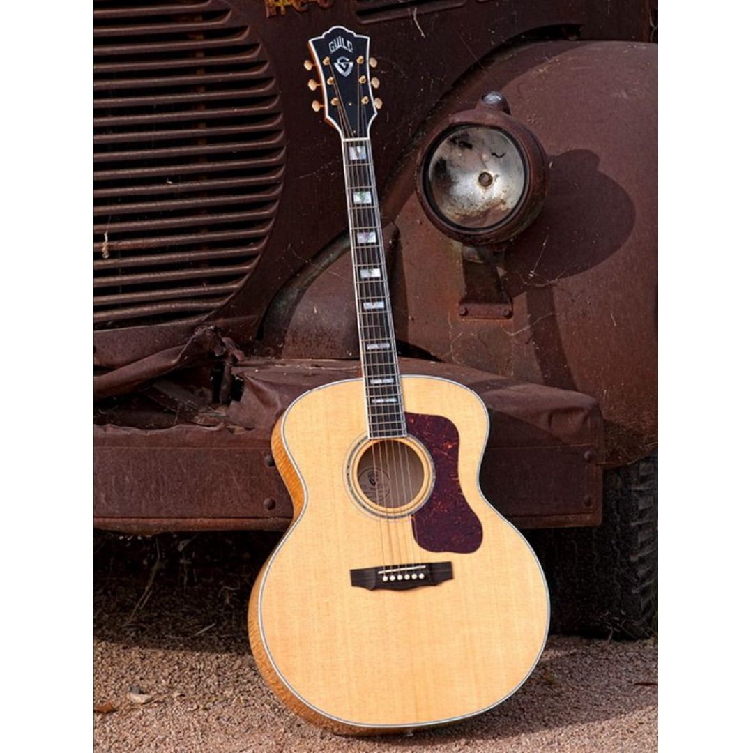 Mi Piace 123 Commenti 1 Acoustic Universe Acousticuniverse Su Instagram Guild F50 Jumbo Best Acoustic Guitar Stratocaster Guitar Acoustic Guitar