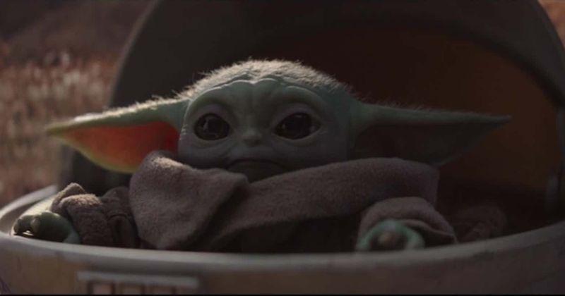 The Mandalorian Season 1 Episode 2 Baby Yoda Continues To Be An Internet Sensation The Internet Has Spoken Star Wars Yoda Yoda Gif Mandalorian