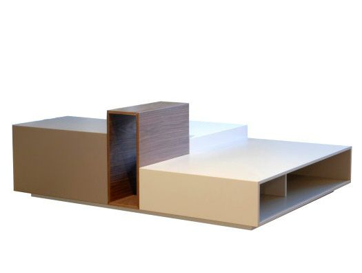 The 'Urban' table by Fred Rieffel for Roche Bobois. I'm not exactly a Roche Bobois fan but this is a nice table.