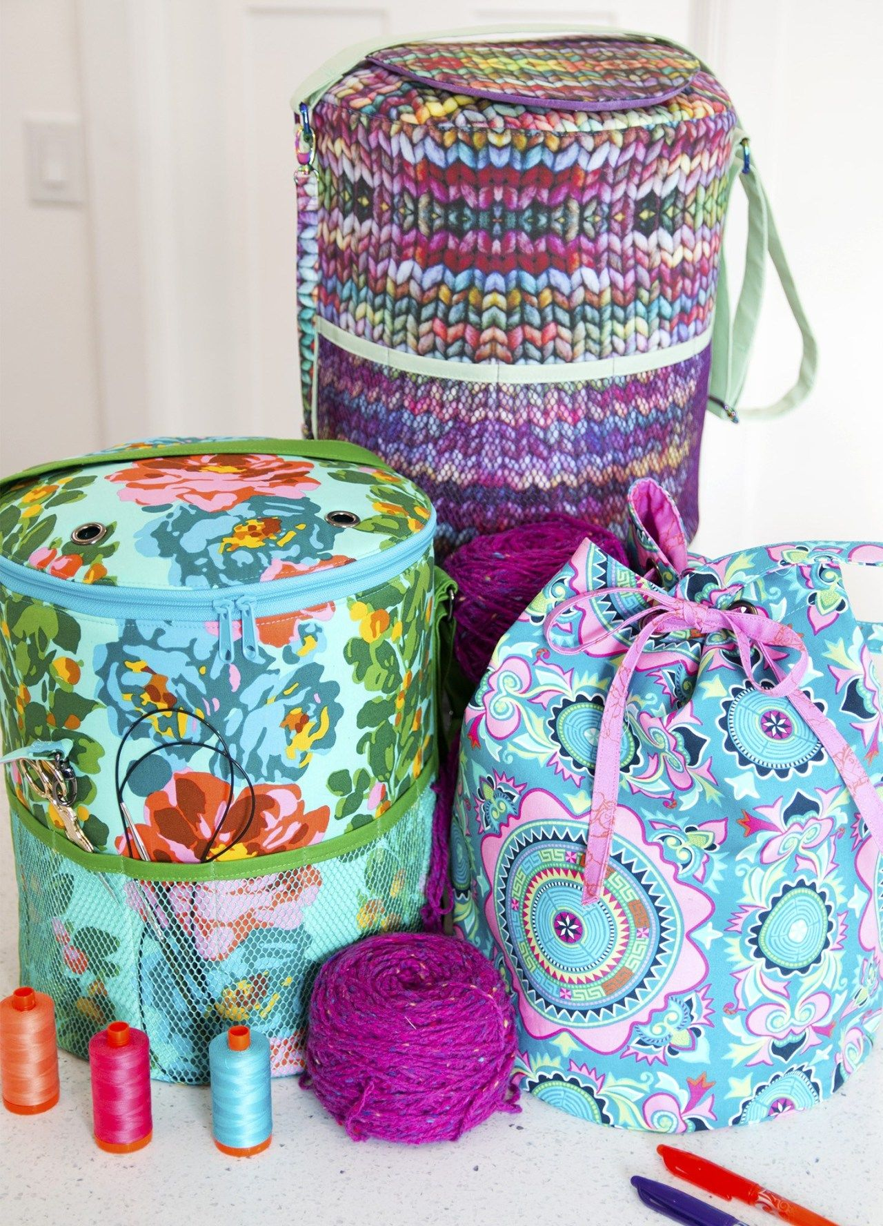 Yarn Minder Bag | Bag patterns to sew, Crochet projects ...
