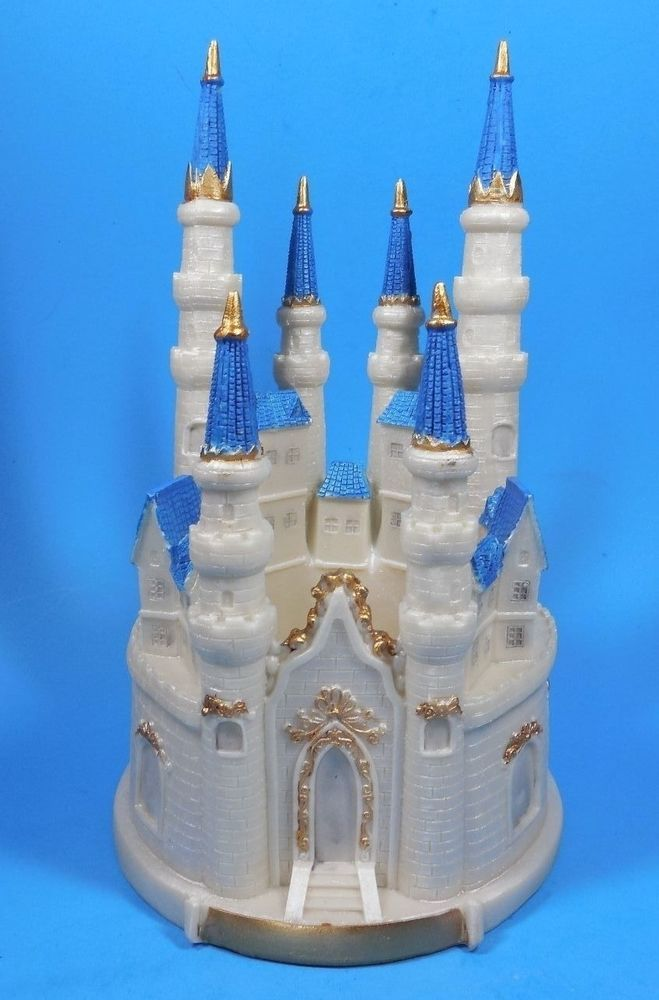 Cinderella Castle Lighted Cake Topper Frozen 9 Inches Tall
