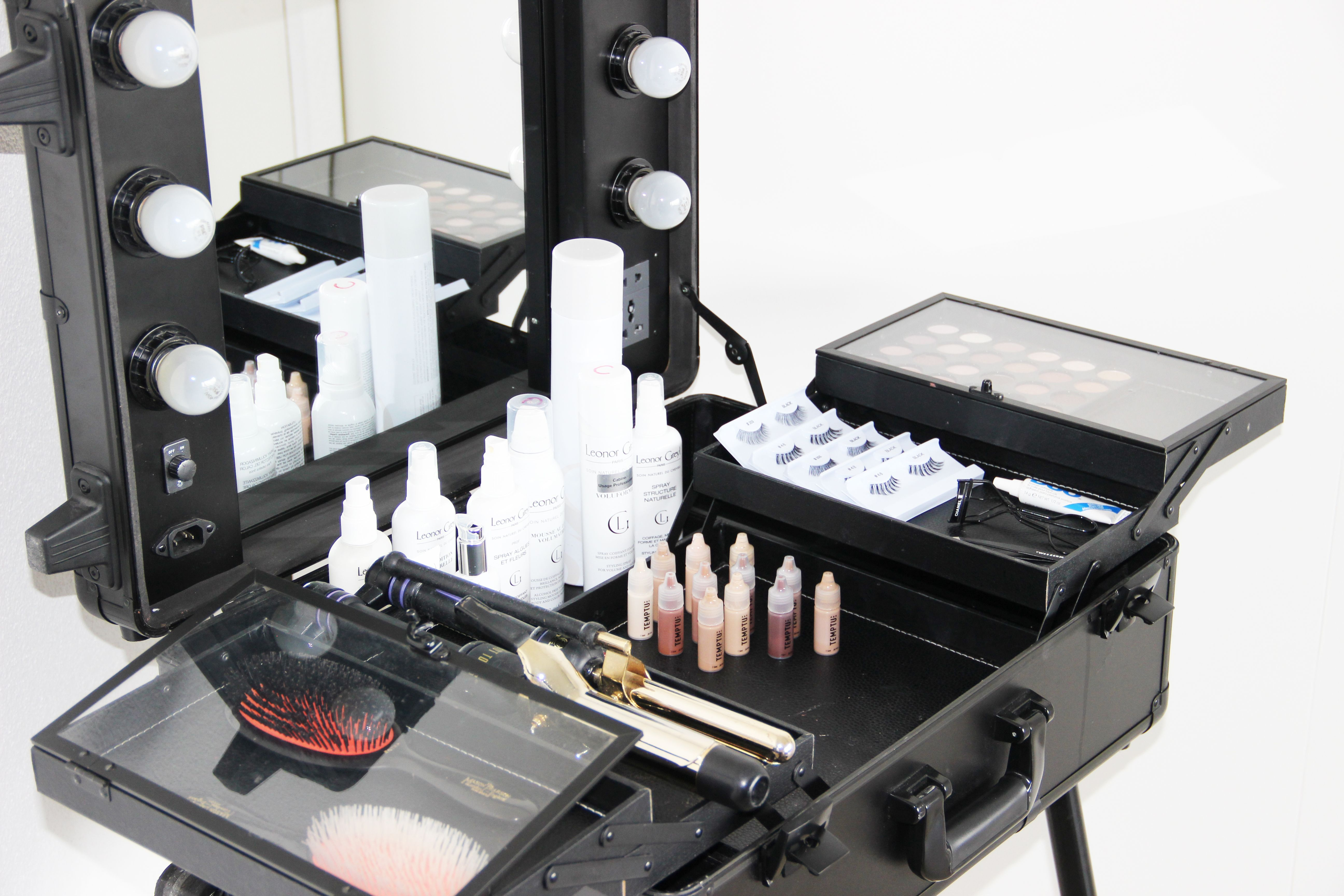 On Location Glam's Pop Up Beauty Bar