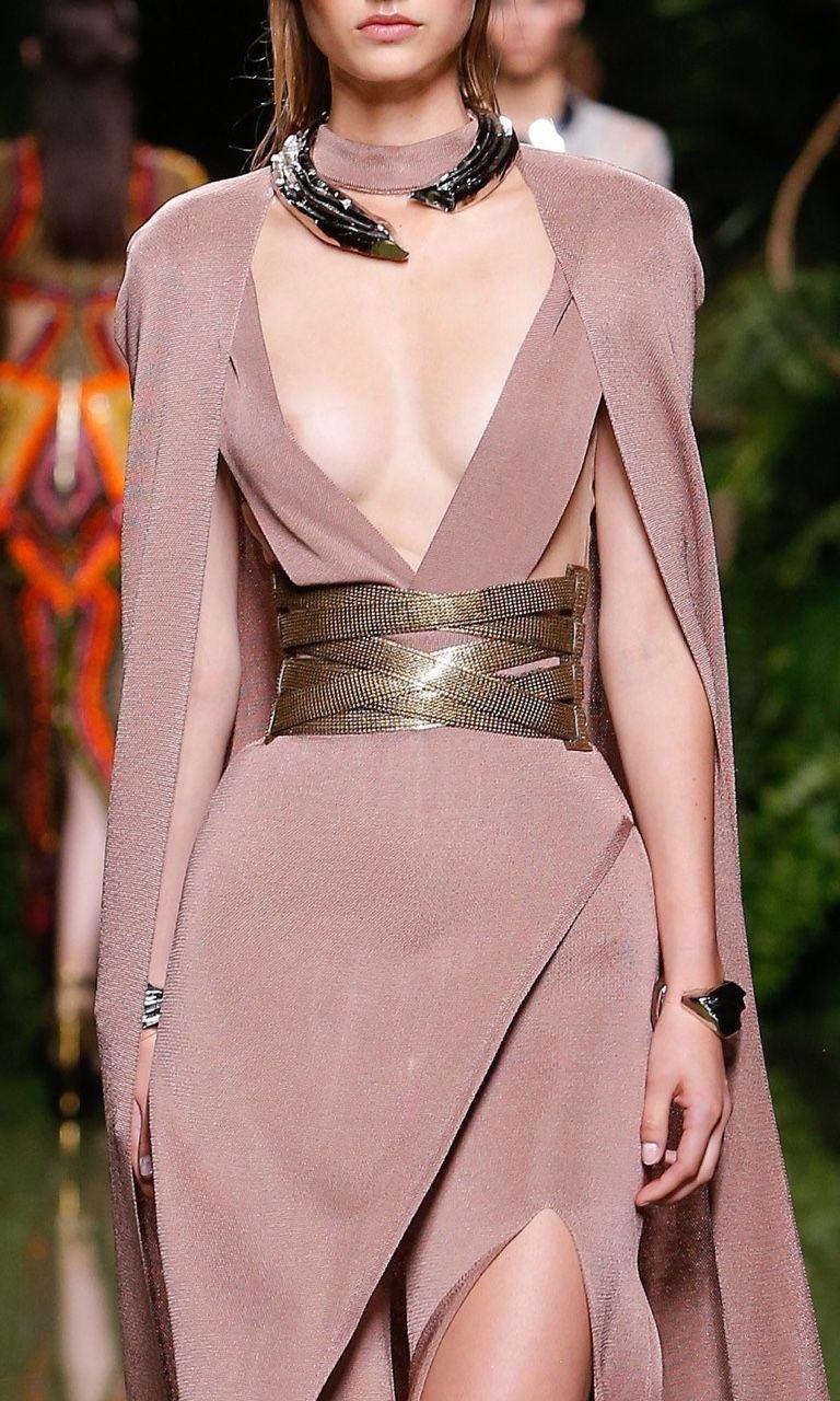 Pin de Active Stylez en BALMAIN (Fashion House) | Pinterest ...