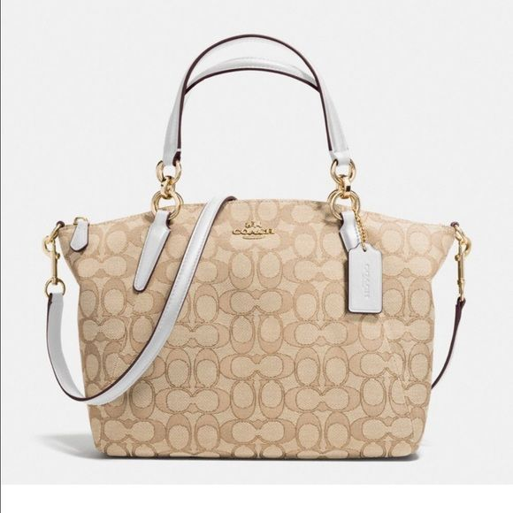 454f4ff543b2 Coach small Kelsey BEAUTIFUL NWT Coach Outline Sign Sm Kelsey Handbag in  LIGHT GOLD LIGHT KHAKI CHALK - Guaranteed 100% Authentic- Details  Coach  outline ...