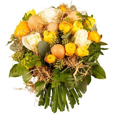 [ 🐤 BUISSON 🐤 ]  Couleurs explosives pour cette brassée de #fleurs de saison à laquelle de mignons petits #œufs donnent beaucoup de charme. Symbole du renouveau du printemps, cette gracieuse composition fera définitivement oublier la grisaille hivernale.