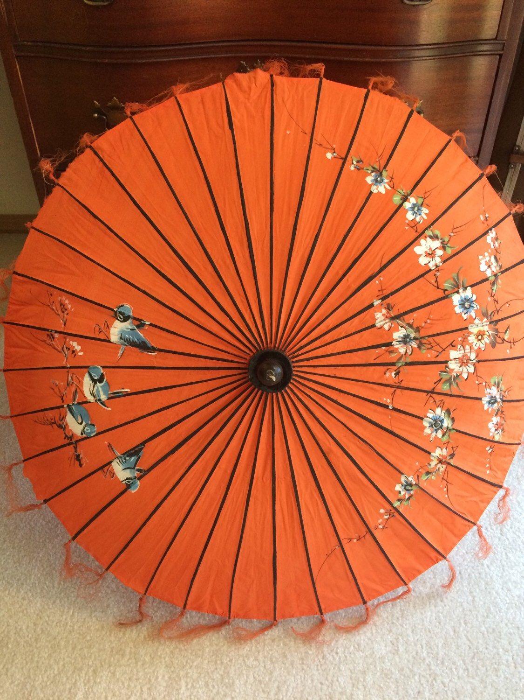 Vintage Asian Umbrella, Parasol, Japanese Umbrella  by MyBloomingNest on Etsy https://www.etsy.com/listing/236985399/vintage-asian-umbrella-parasol-japanese