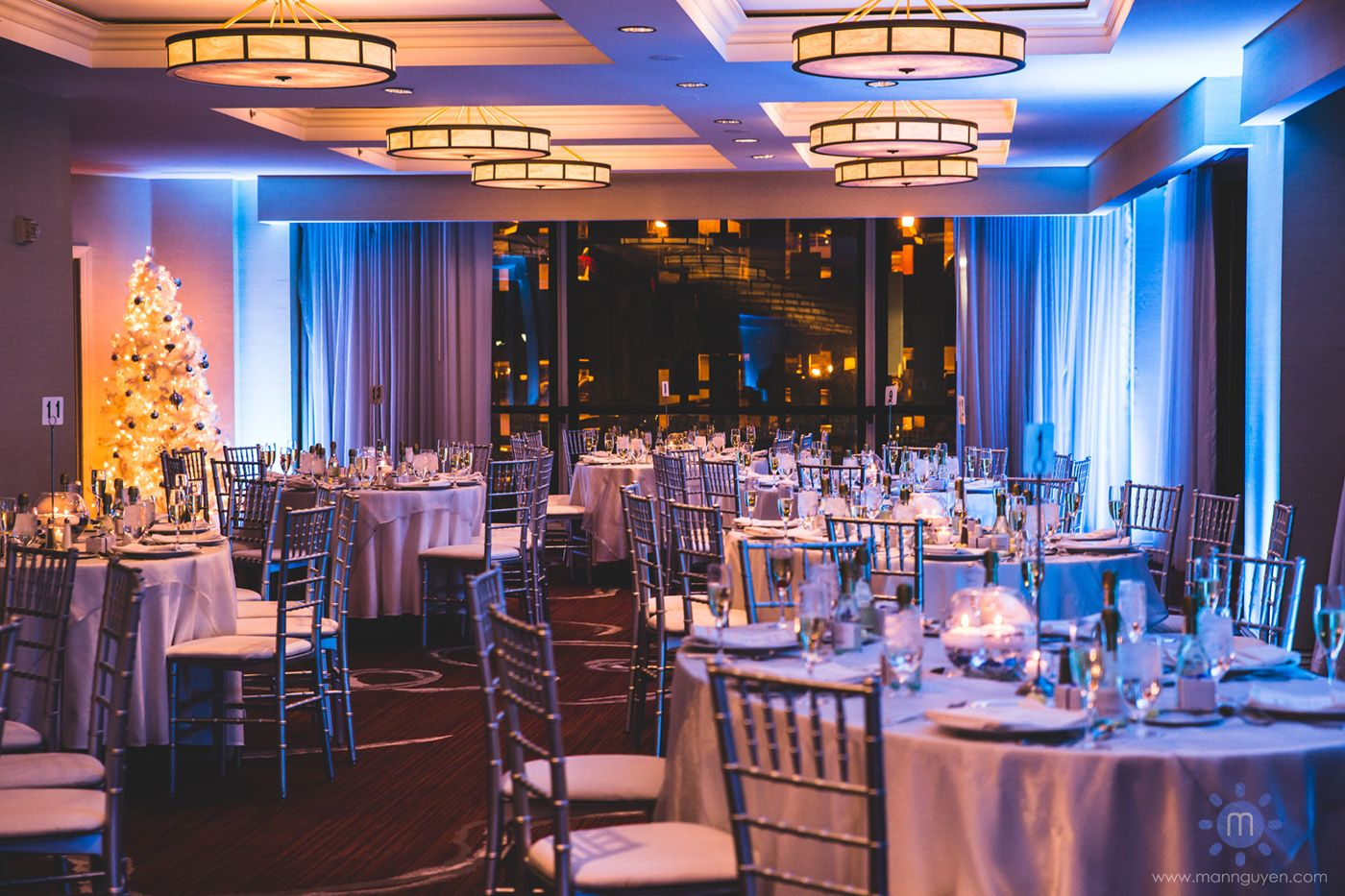 Beautiful Reception At The Renaissance Hotel In Downtown Pittsburgh Modern Wedding Photographer
