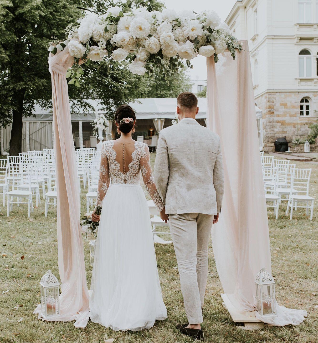 Wedding traubogen blumenbogen hochzeit freie trauung wedding blumenbogen freietrauung bride weddingdress bridaldress