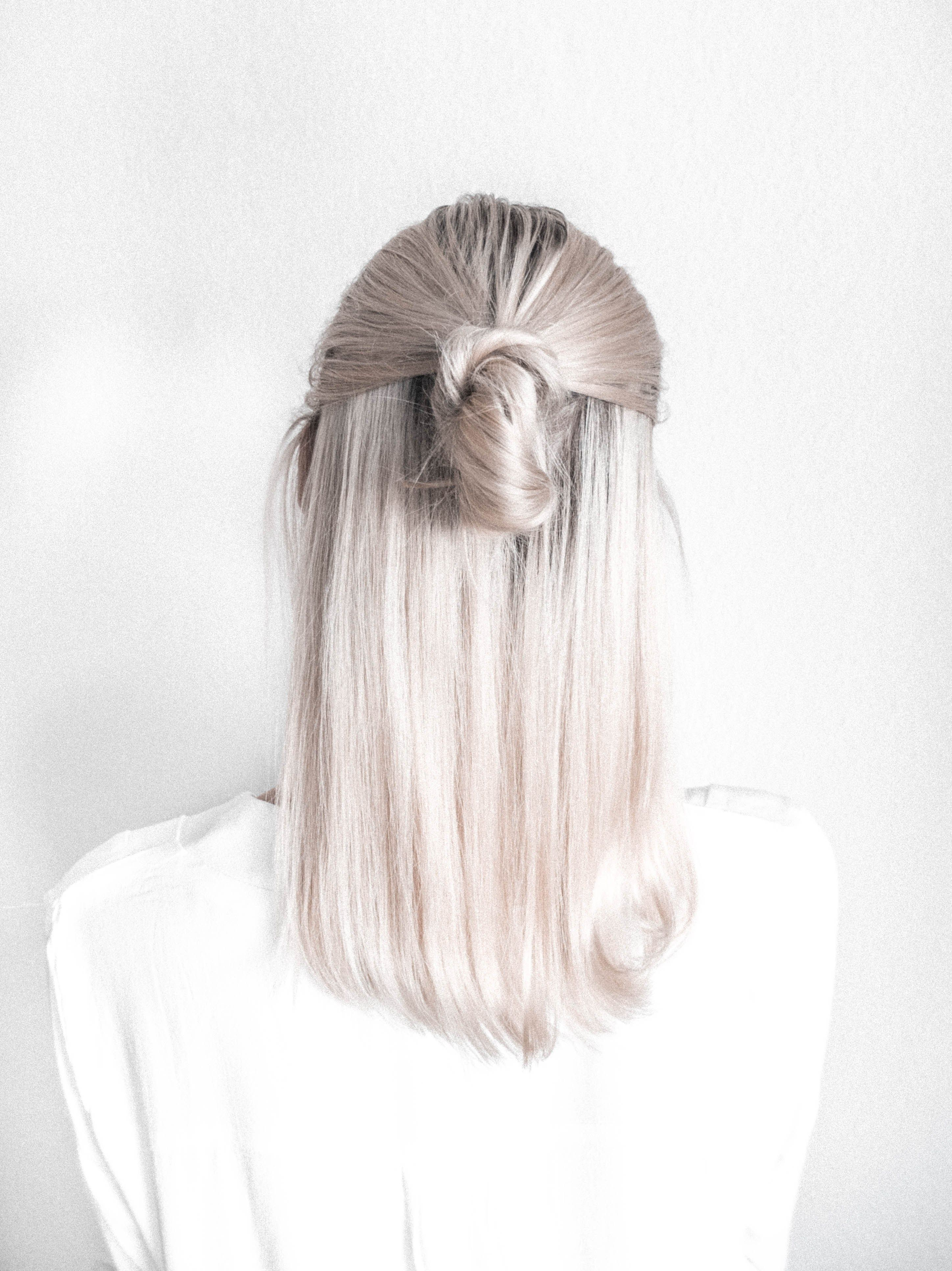 Pin By Chantelle Rose On White Off White Hair Hair Styles