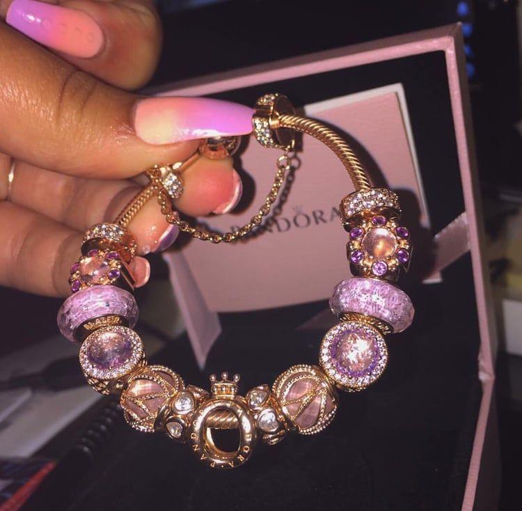 Pandora Jewelry 60 Off Visit Discovered By Find Images And Videos About Bracelet Jewels And Pando Joyeria De Moda Joyas De Moda Joyeria De Lujo